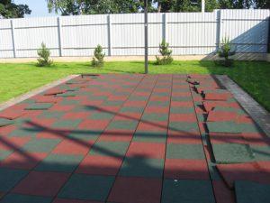 Резиновая плитка для площадки
