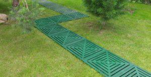 Резиновая плитка для дорожек на даче, цена от 950руб.